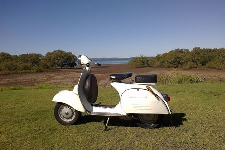 """Here is my 1975 Vespa 125 GTR, taken at Wellington Point / Brisbane. I'm very happy with your support!"" Steve aus Redlands / Australien"