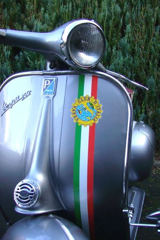 "Preview: Dekor ""Vespa Club d'Italia"" Beinschild"